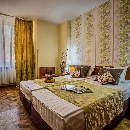 http://travelads.ro/rinasinaia/wp-content/uploads/2017/02/Apartament_Cerbul_2-1-540x540.jpg